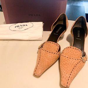 Like new Prada kitten heels
